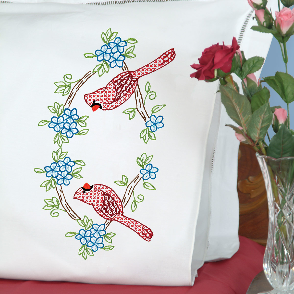 product id 1600712 Cardinals Pillowcases