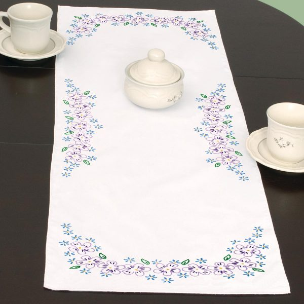product id 560694 Lavender Flowers Table Runner
